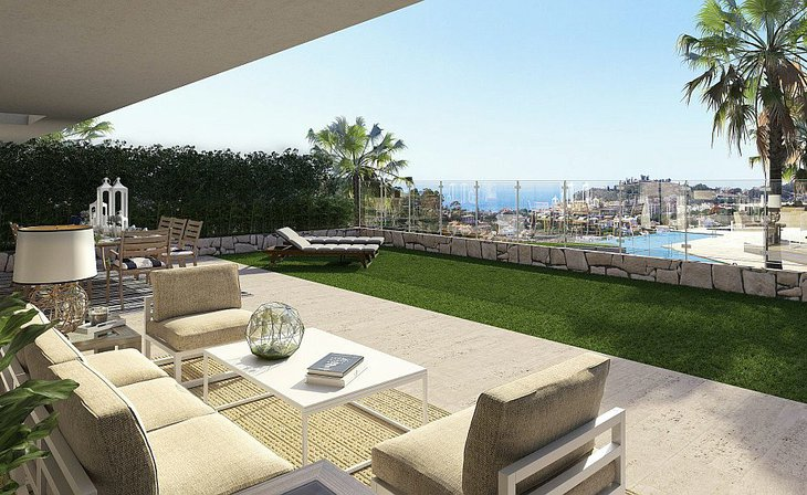 Modern houses with large terraces in Malaga