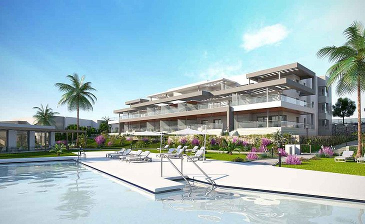 Bright houses in luxury residential in Estepona